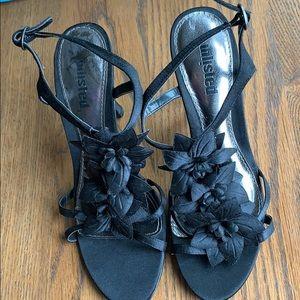 Flower black heels